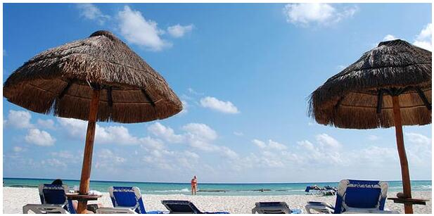 FLIGHTS, ACCOMMODATION AND MOVEMENT IN PLAYA DEL CARMEN
